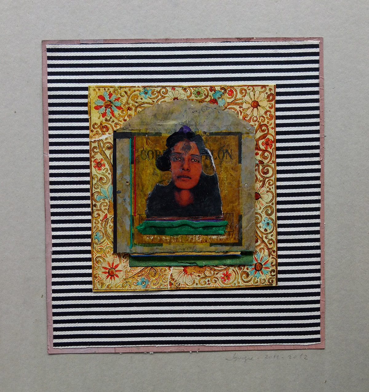 """""""s/ título"""" Mista s/ papel (tecido, colagem e acrílica) - 2011-2012 22X20 cm"""