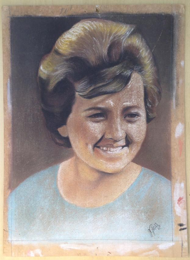 """""""Cópia de uma fotografia"""" Giz pastel s/cartão - 1967 46X32 cm"""